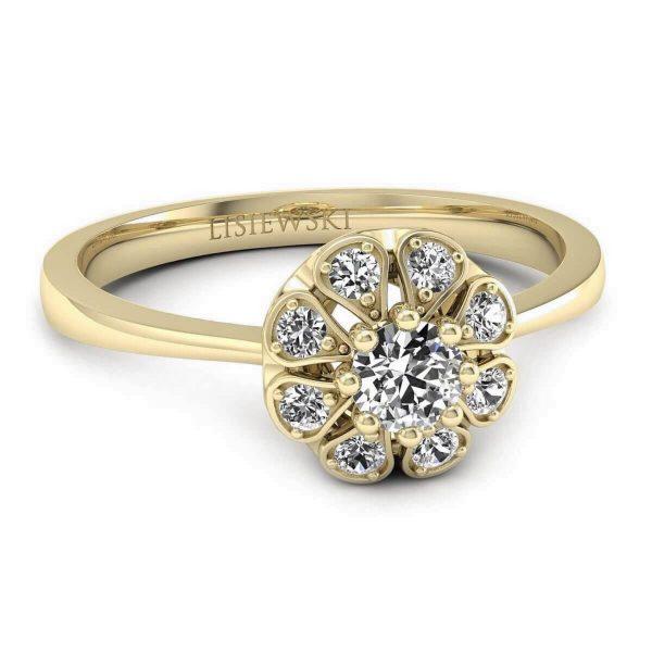 złocenie z delikatną barwą koloru czerwonego - pierścionek